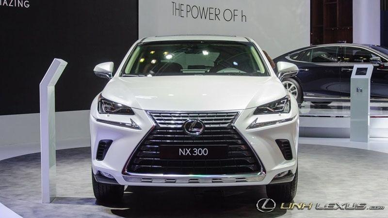 Chi tiết Lexus NX300 2018 vừa ra mắt tại Việt Nam