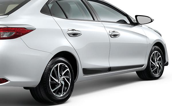 Ốp trang trí sườn xe Toyota Vios
