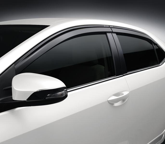 Vè Che Mưa Toyota Corolla Altis