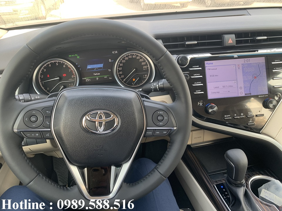 volang_toyota_camry_2020